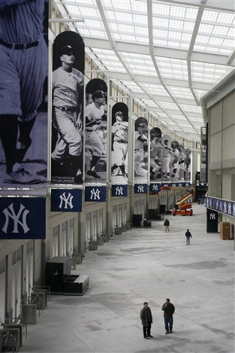 yankee stadium great hall.jpg