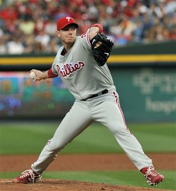 Thumbnail image for halladay 0421 2010.jpg