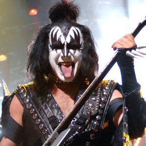 gene_simmons_kiss.jpg